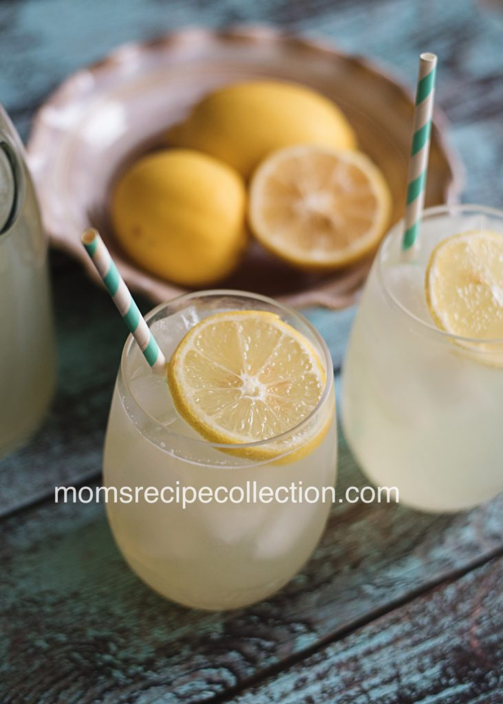 This simple lemonade recipe is made with nothing but natural ingredients. It's the freshest lemonde you'll find