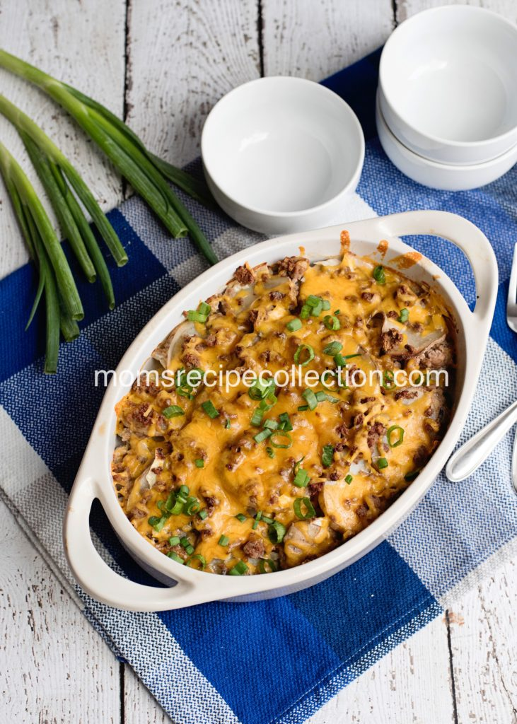 Inexpensive and easy, this Easy Ground Beef and Potato Casserole is sure to find it's way into the dinner rotation!