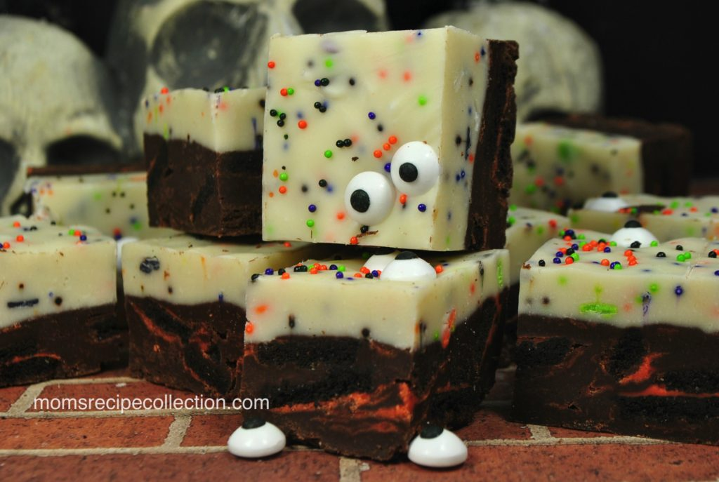 These spooky Halloween fudge pieces are layered with vanilla and chocolate.